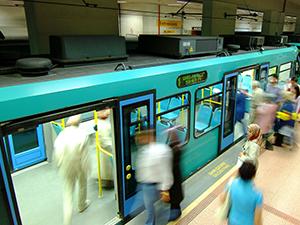 """Recep Altepe: """"Yeni vagonlar geldiğinde yoğunluk azalacak"""""""