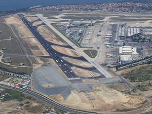 Atatürk Havalimanı'ndan uçak iniş-kalkışı rekoru