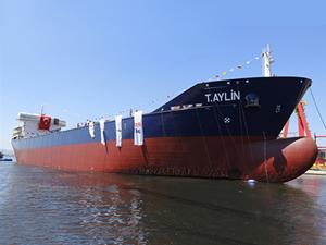 Asfalt tankeri T. AYLİN denize indirildi