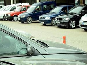İkinci el otomotbil Internet'te el yakıyor