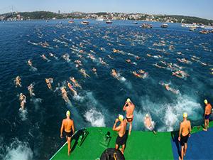Samsung, Boğaziçi Yüzme Yarışı'na isim sponsoru oldu