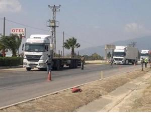 TIR şoförleri 'kaçak mazot' eylemi yaptı