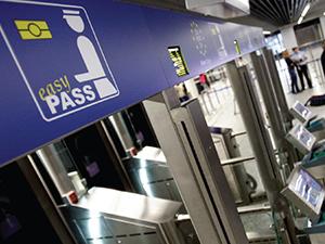 Alman havaalanlarında AB vatandaşlarına geçiş kolaylığı