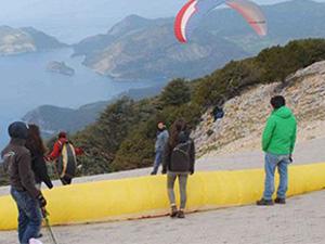 Babadağ'daki paraşüt pistleri yeniden açıldı