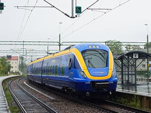 İsveç'te asit taşıyan tren raydan çıktı