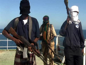 Somali'de Eş-Şebab militanları gemi kaçırdı