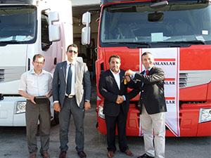 Akran Nakliye 50 adet Renault Trucks çekici aldı