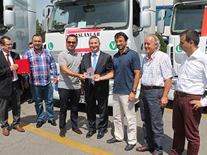 Sönmez Bustaş'ın filosuna 33 adet Renault Trucks katıldı