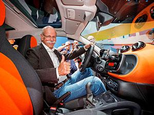 Mercedes, smart fortwo ve smart forfour'u tanıttı