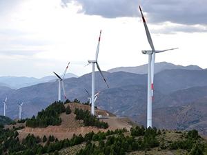 'Yerli ve yeni enerji kaynakları cari açığı kapatabilir'
