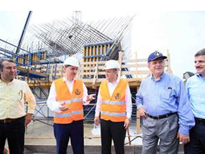 Bakan Işık, Körfez Geçiş Köprüsü inşaatını inceledi