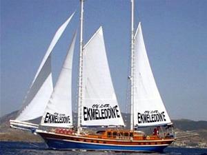 Ekmeleddin İhsanoğlu için 4 gulet tekne