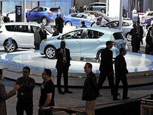 2013'te 5 milyondan fazla kişi araç sahibi oldu