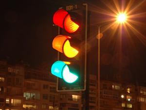 Ağrı'da arızalanan trafik ışığı ulaşımı güçleştiriyor