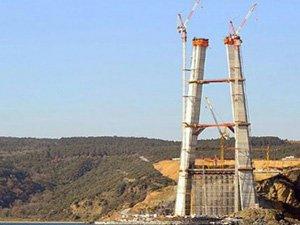 Hızla yükselen 3. köprü 200 metreyi buldu