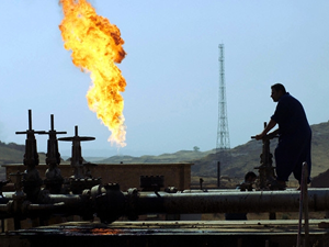 Suriye'de petrol sektörü çöktü