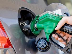 Benzin tüketimi zirve yaptı