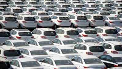 Otomobil ve hafif ticaride pazar daralıyor