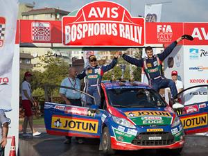 AVIS Boğaziçi Rallisi'nde 47 ekip start aldı