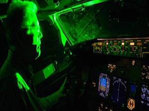 Uçağa lazer tutanlarla ilgili bir ilk: 10 bin TL
