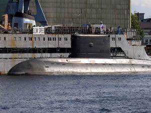 Rus donanması'na denizaltı desteği