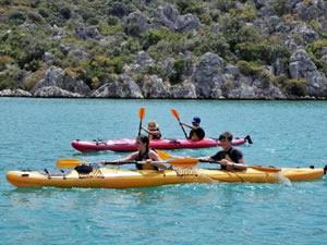 Kekova'daki kano turları yoğun ilgi görüyor