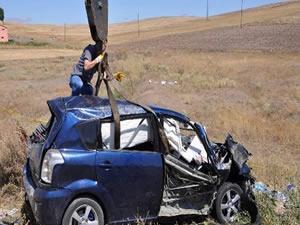 Katliam gibi kaza: 4 ölü, 6 yaralı