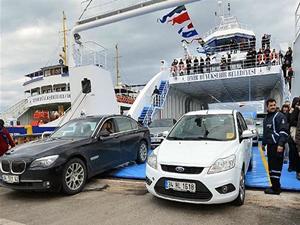 İzmir'de arabalı vapur ücretlerine zam yapıldı