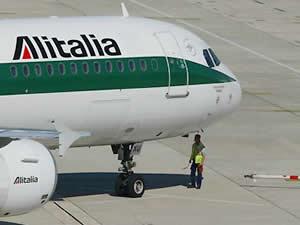 ALITALIA 560 milyon Euro yatırımla  Kargo hizmetine yeniden başladı