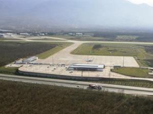 Cengiz Topel Havaalanı'na uçan kalmadı