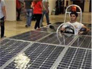Güneş görmeyen güneş enerjili otomobil