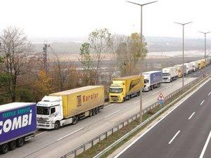 İran taşıtlarının Türkiye girişi düşüyor