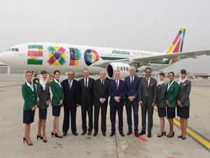 Etihad Havayolları Expo Milano Fuarı'ında iki özel uçağını tanıttı