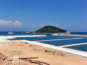 Antalya Balıkçı Barınağı ihalesi 31 Ekim'de yapılacak