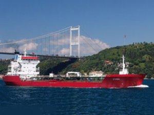 Petrolun yüzde 63'ü deniz yoluyla taşınıyor