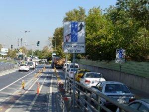 """""""İstanbul'da Güvenli Bisiklet Ulaşımı"""""""