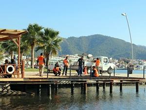 Belediye kendi yaptığı iskeleyi 'Kaçak' diye yıktı