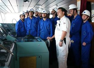 Sağlık Bakanlığı gemi adamları için tıbbi rehber hazırladı