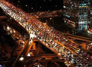 İstanbulluların bir yılı 356 güne düştü; 9 günü trafik yedi!