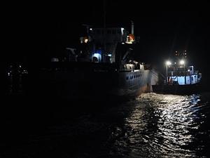 Marmara'da gemi yan yattı: 9 kişi kurtarıldı!