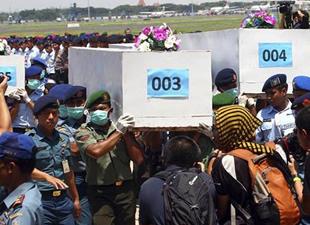 Düşen uçaktan 6 ceset daha çıkarıldı!