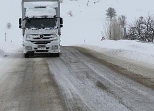 Bayburt-Erzurum karayolu ulaşıma açıldı