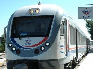 Bakan Elvan'dan Akşehir'e 'raybüs' müjdesi