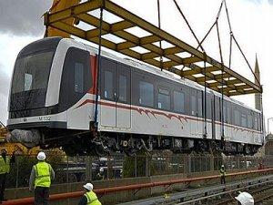 İzmir metrosu için, 10 yeni vagon getirildi