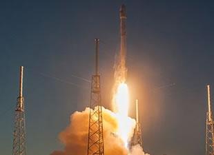 SpaceX uzaya gözlem uydusu gönderdi