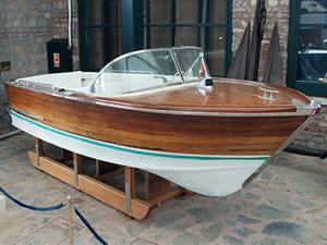 """Türünün tek örneği """"Yengeç motorlu Tekne"""" Rahmi M. Koç Müzesi'nde"""