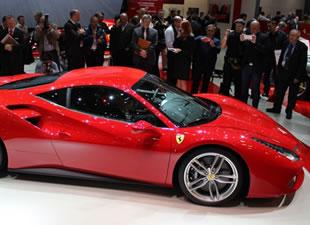 400 bin euroluk Ferrari tam puan aldı