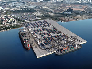 Dubai Port Limanı'na günlük 2 bin TIR giriş çıkış yapacak