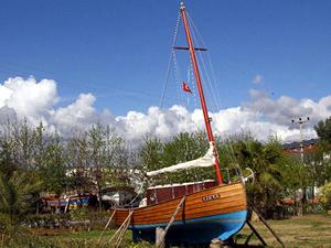 Fethiyeli tekne imalatçıları milyon dolarlık tekneleri tarlada yapıyor