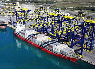 İskenderun Limanı'nda 1 yılda 2 bin 786 gemi yanaştı